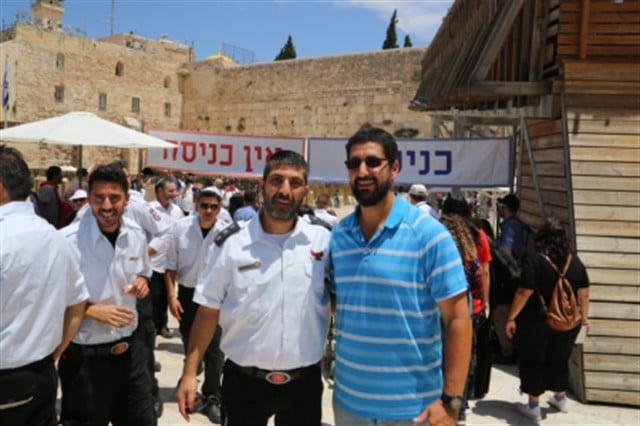 לוחמי האש מירושלים בביקור בכותל המערבי ובמנהרות הכותל