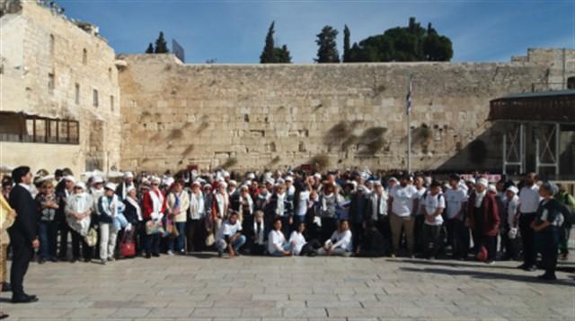 בר ובת מצווה לניצולי שואה מנתניה וחיפה