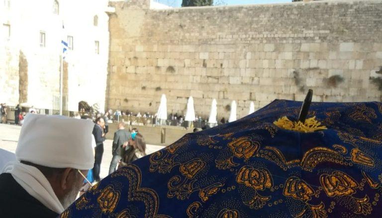 היום מתקיים חג הסיגד בו קהילת יוצאי אתיופיה מגיעים לתפילה ייחודית על ירושלים בכותל המערבי.