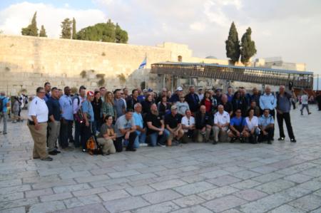 60 קציני משטרה אמריקאים ומשלחת קציני משטרה ישראלים הגיעו היום לכותל המערבי לסיור במנהרות הכותל לביקור מרגש וחווייתי