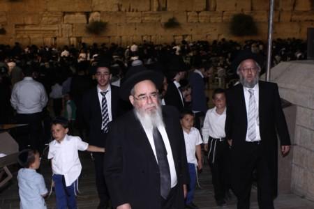 The Distinguished Rabbi, Rabbi Avraham Salim, Shlita, visited the Western Wall