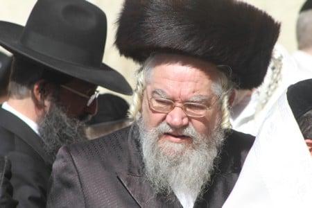 """הרב יהודה פישר בכותל המערבי חול המועד פסח תשע""""ח"""