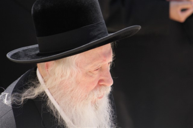 The Admor of Gur at the Western Wall