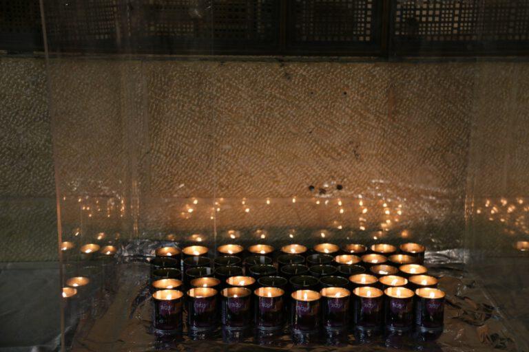 תפילה של משפחות הרוגי מירון בכותל המערבי