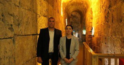 Incoming Kosovo Ambassador Ines Demiri visits the Western Wall Tunnels