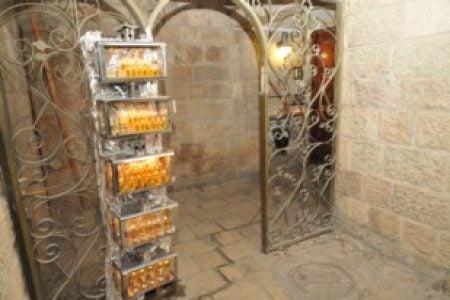 סיור חנוכיות בירושלים - אור בעתיקה